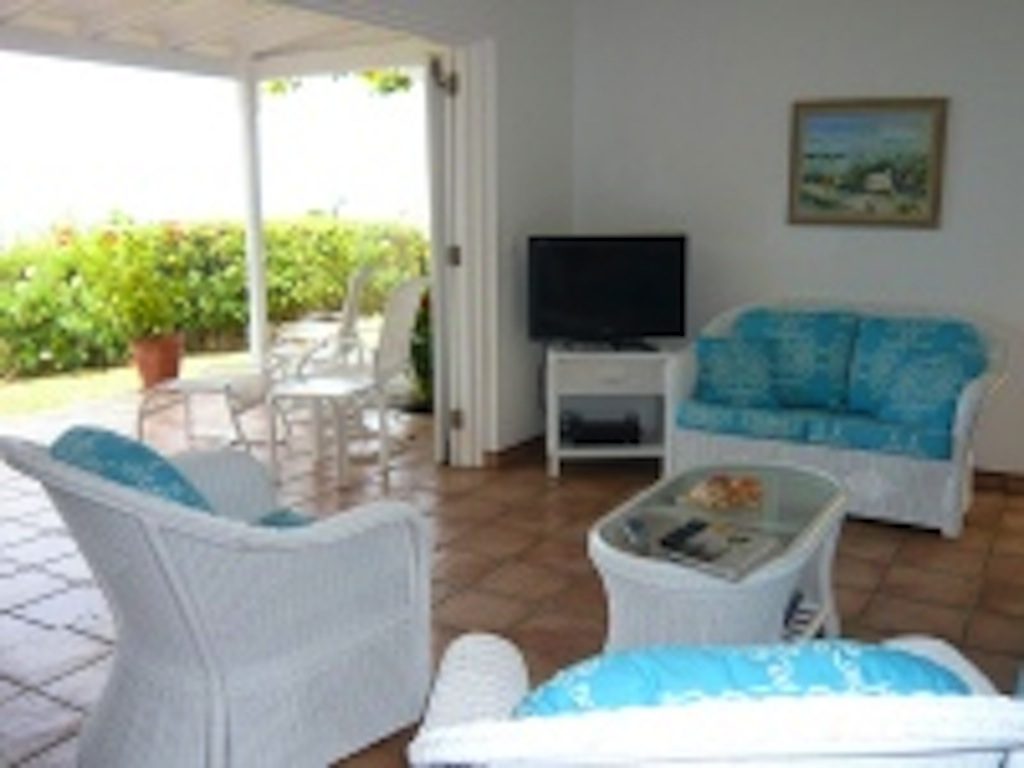 Lin pool garden - Old Villa Rental in Pointe Milou St Barth with Pool - Living room