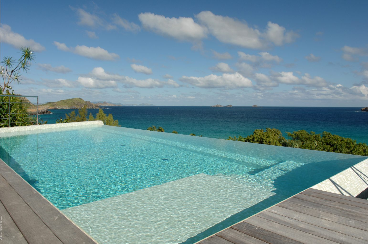 Villa Matajagui - Spacious and Modern Villa for Rent St Barth Located Few Minutes Away from Bar and Restaurants - Pool