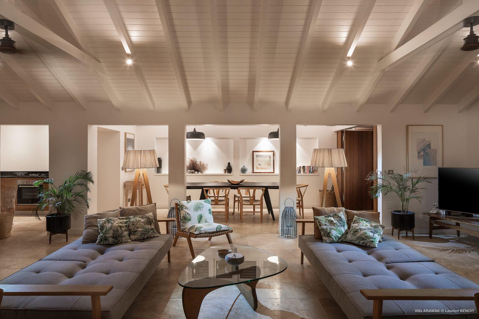 Villa Arawak - Modern and Elegant Villa for Rent St Barth Pointe Milou - Living room