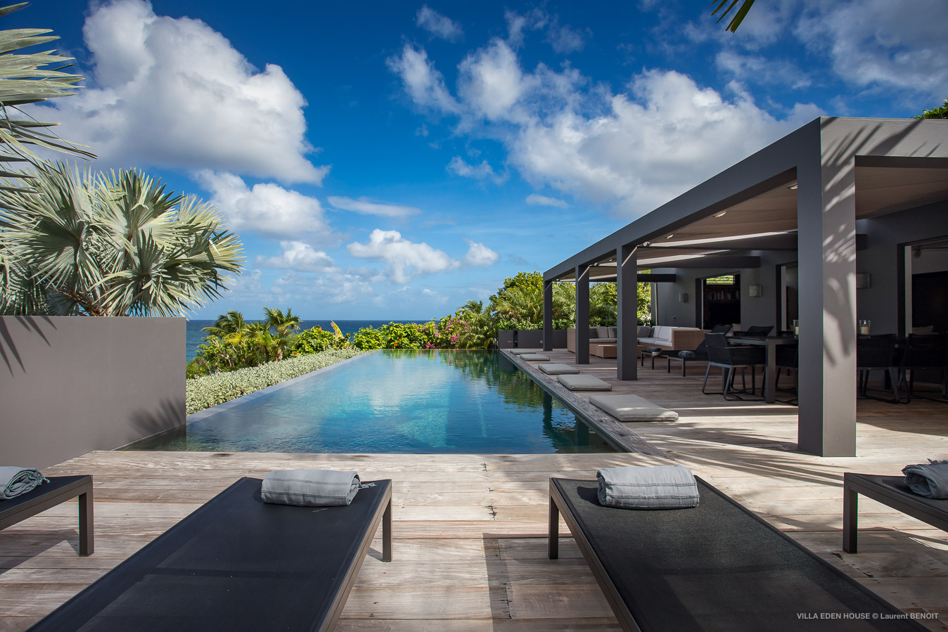 Villa Eden House - Fresh and Modern Property for Rent for a Group Holiday in St Barth Marigot - Pool