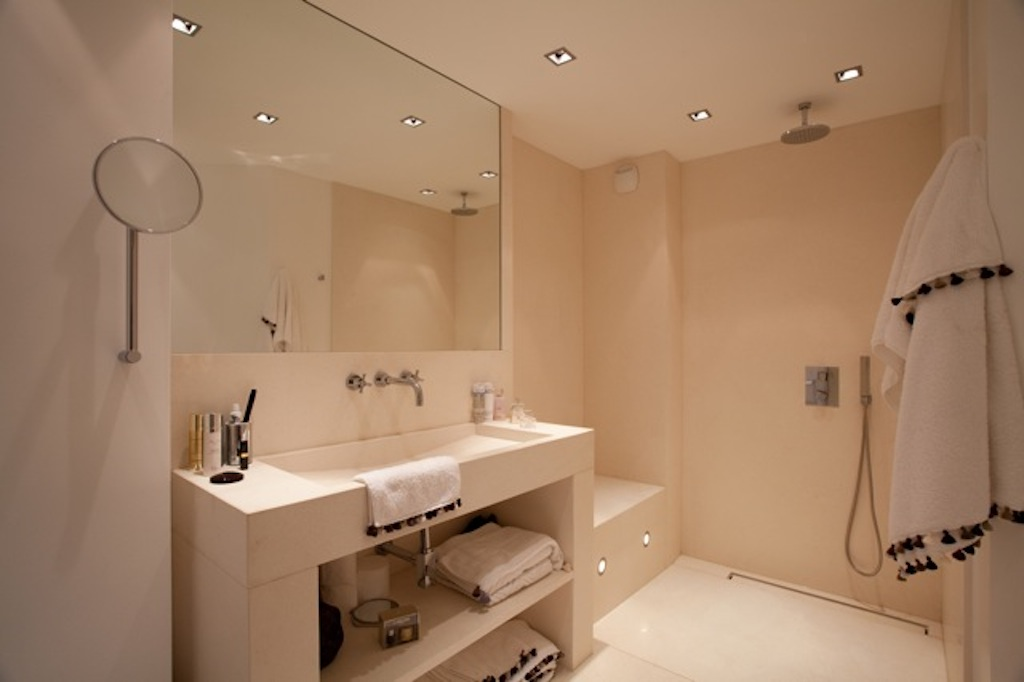 Apartment Camille - Modern Apartment Rental in Gustavia St Barth Perfect for Honeymooners - Bathroom