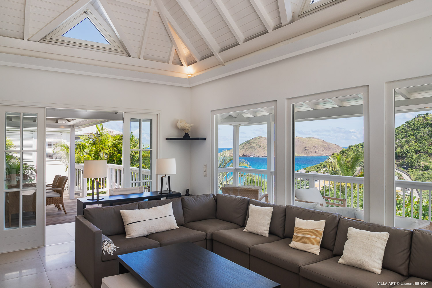 Villa Art - 3 Bedroom Villa for Rent in Flamands St Barth with Heated Pool - Living room