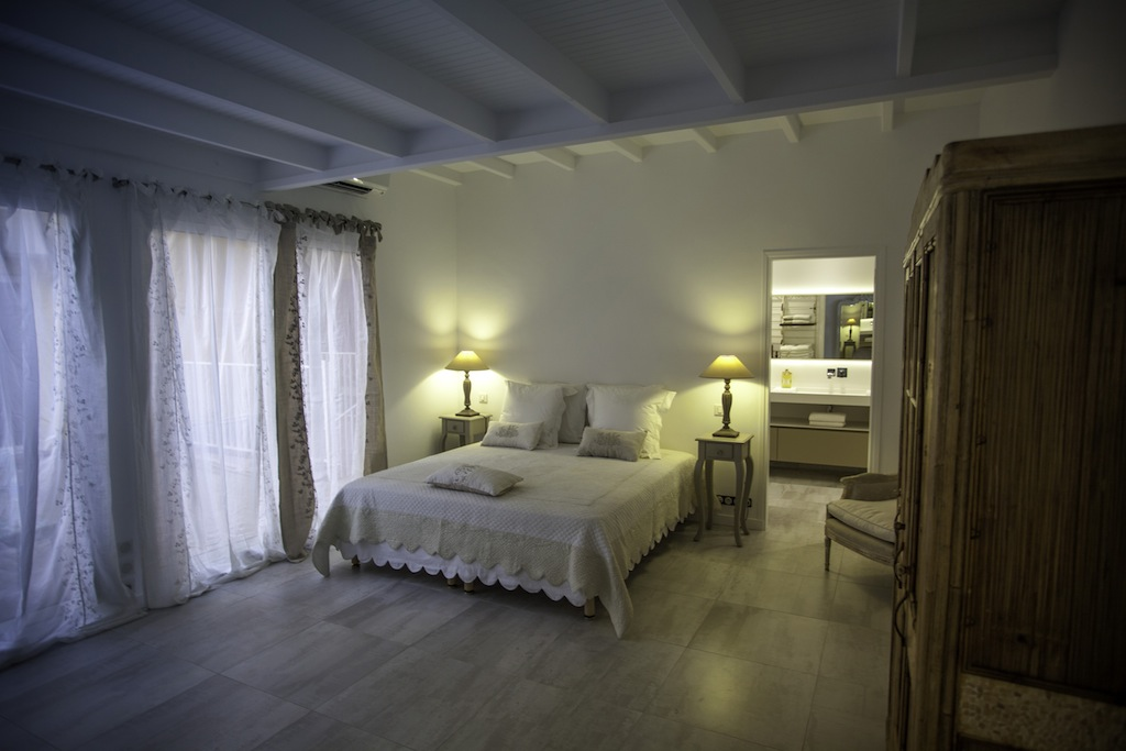 Apartment Suite Harbour - Modern and Antique Apartment for Rent St Barth Ideally Located Near Entertainment and Nightlife - Bedroom