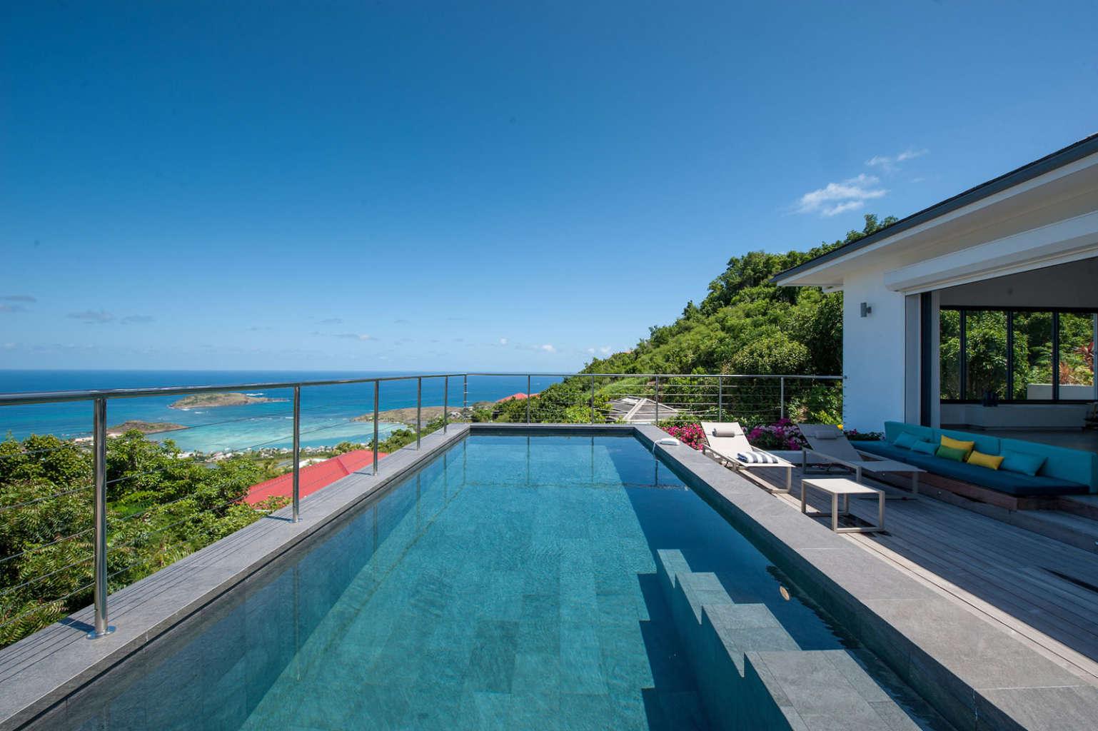Villa Feyrouz - Superb Luxury Villa Rental Heights of Vitet - Swimming pool