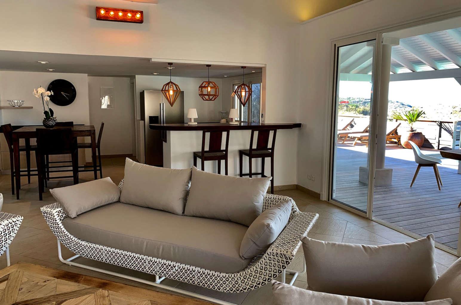 Villa Lagon Rose - Spacious Villa Rental St Barth Petit Cul De Sac with Beautiful Sea View - Living room