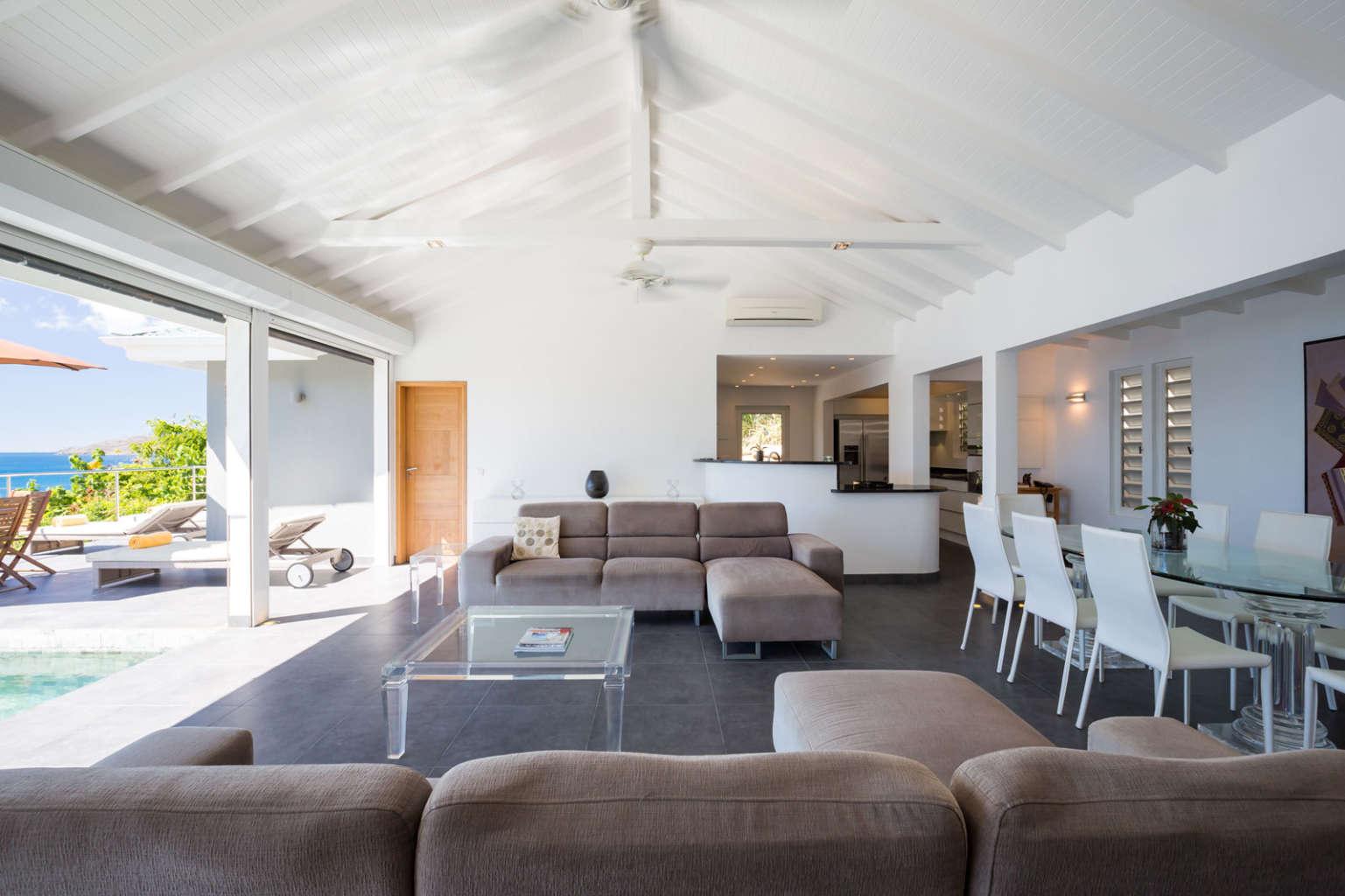 Villa Mirande - 4 Bedroom Villa Rental St Barth Height of Pointe Milou - Living room