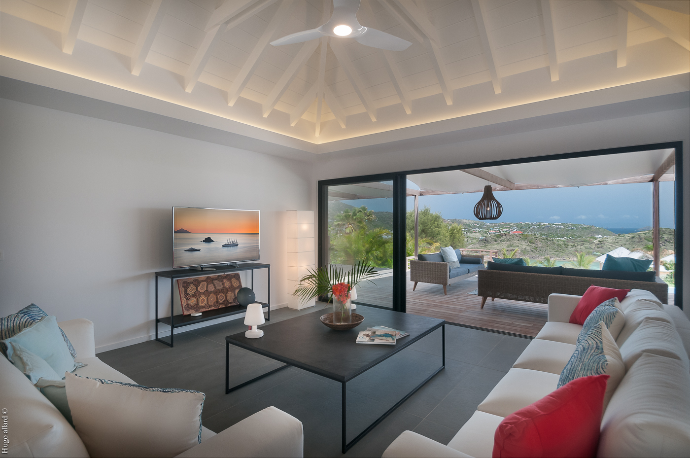 Villa Cairn - Hillside Villa For Rent St Barth Petit Cul de Sac with Spacious Living Areas - Living room
