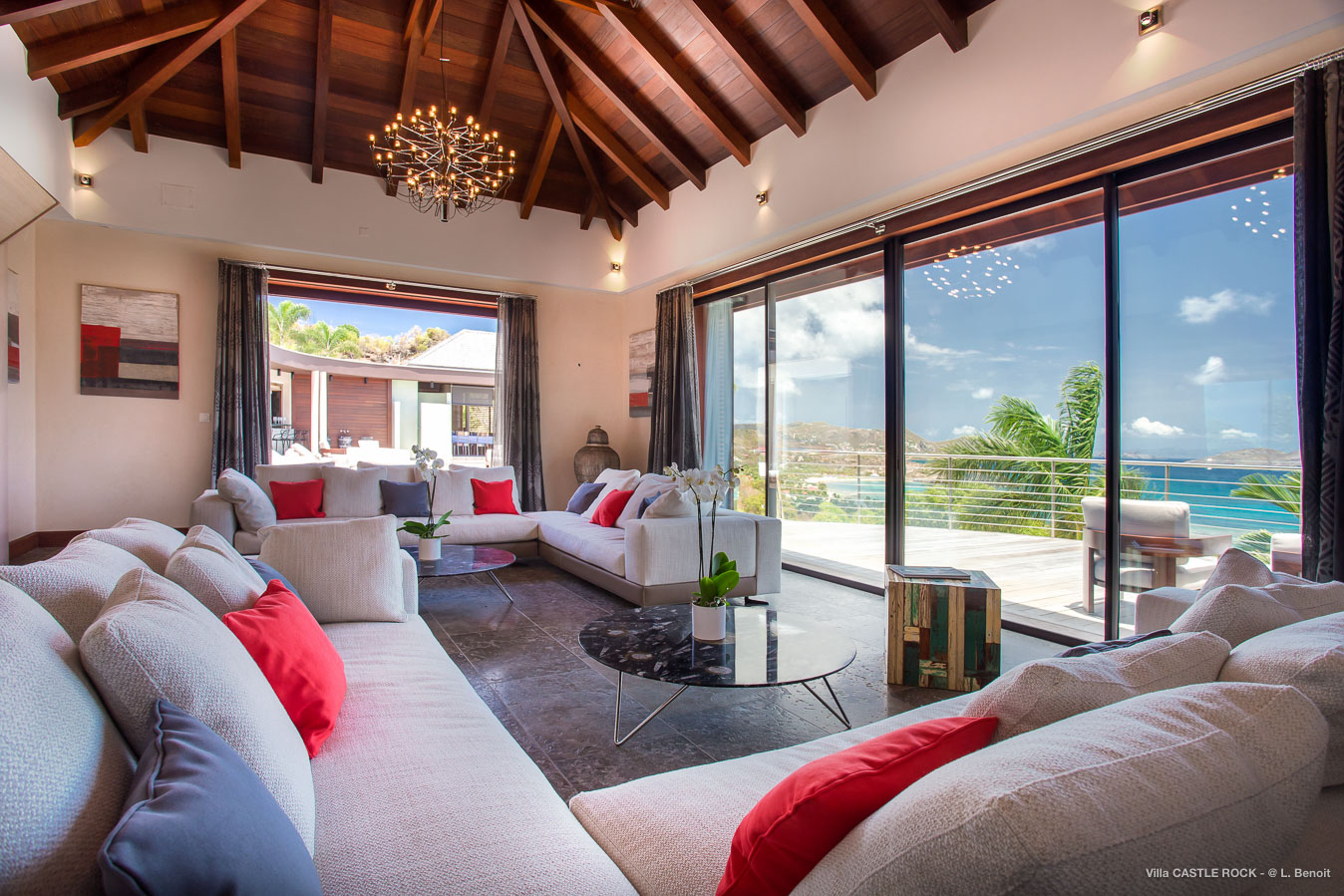 Villa Castle Rock - Magnificent Villa for Rent Situated on the Hillside of Lorient St Barth - Living room