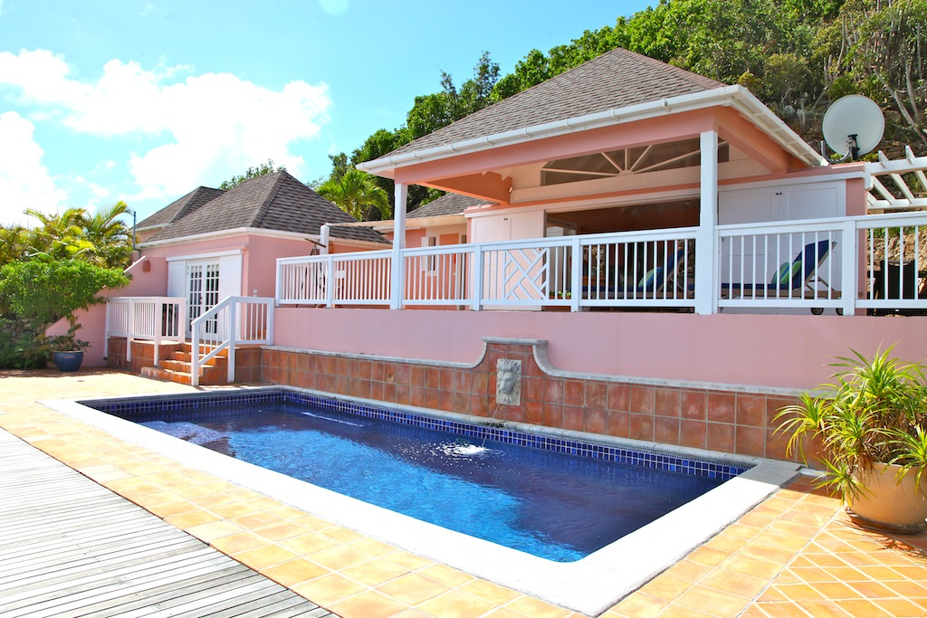 Villa Cheyenne - Isolated Villa for Rent St Barth Located in the Hillside of Dévé - Outside view