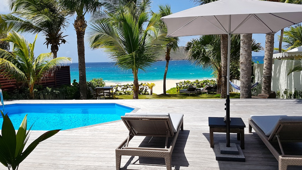 Villa Ecoute les Vagues - Beachfront Villa For Rent with Pool - Sea View
