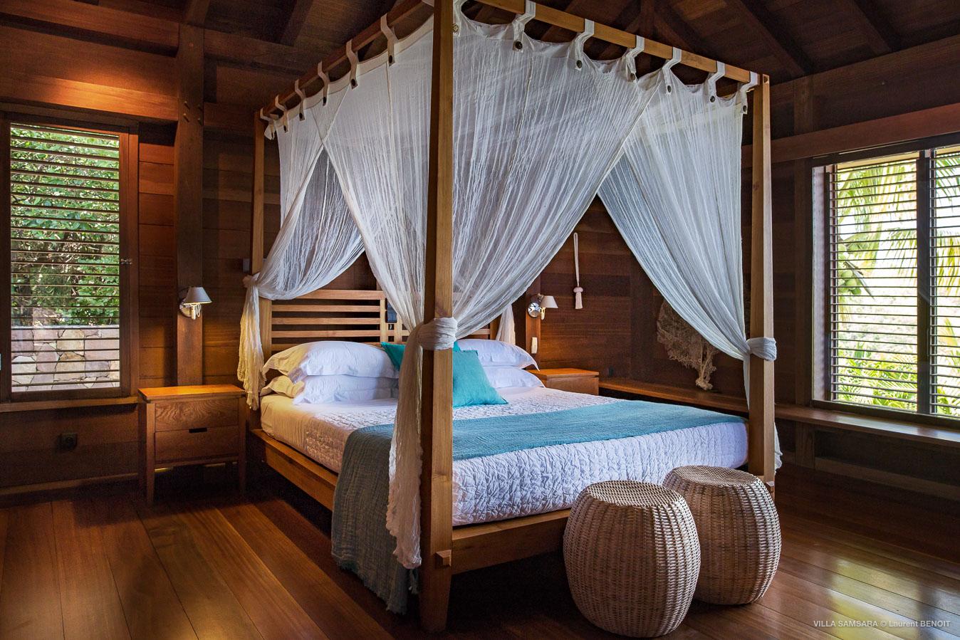 Villa Samsara - Sunset Villa For Rent St Barth Pointe Milou in Balinese Wood - Bedroom