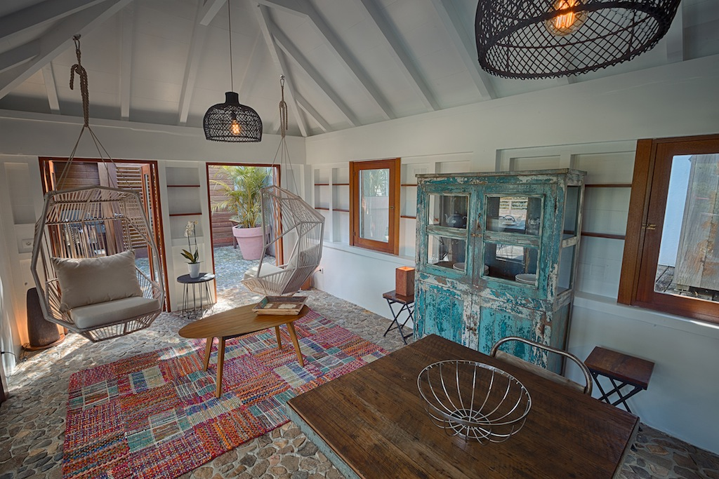 Villa Ti Lama - 1 Bedroom Villa for Rent St Barth with View Over the Hills of Flamands - Living room