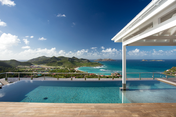 Villa W View - Breezy Villa for Rent St Barth with Fitness Equipment - Swimming Pool and Sea View