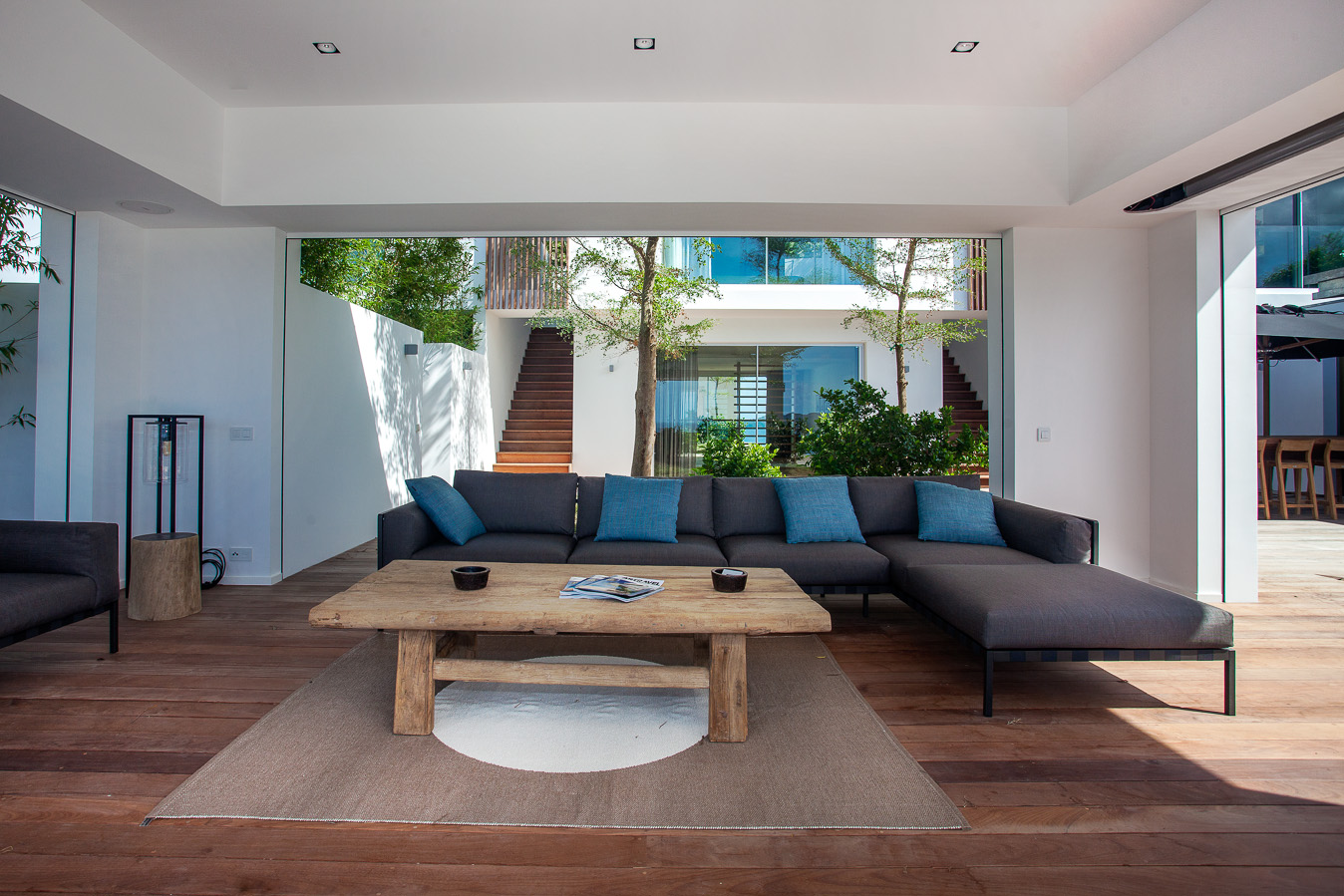 Villa Wings - 4 Bedroom Villa for Rent St Barth Ideal for Architecture Lovers - Living room