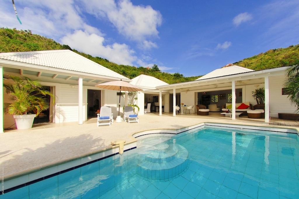 Villa Ylang Ylang - Isolated Villa for Rent St Barth Flamands with Pool - Outside View
